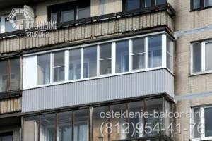 18 Остекление балкона пластиковым профилем в 606 серии