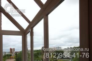28 Остекление балкона с прозрачной крышей