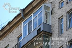 17 Остекление балкона с крышей в сталинке